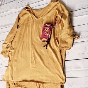 Plus Size Women Casual Top Outfit Solid Mustard 2X